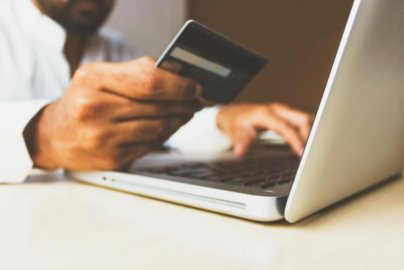 19 manieren om te besparen op online aankopen
